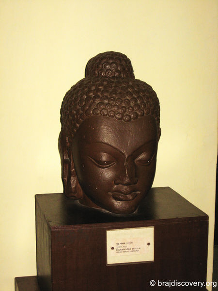 चित्र:Buddha-Head-Kushinagar.jpg